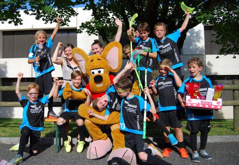 Oberwil gewinnt die erstmalig durchgeführte E-Juniorenkategorie beim 25. Sursee-Cup.