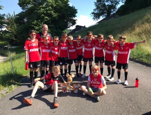 Das D-Junioren Rot holt den ersten Pokal nach Sursee